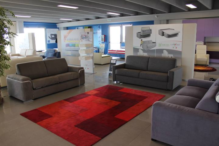 Cuborosso e bertani arredamenti nuovo store a casaloldo